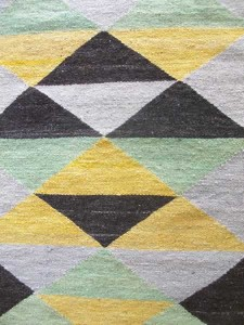 Green Geometric Rug close-up